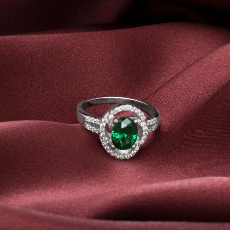 エメラルド オーバルカット リング 指輪