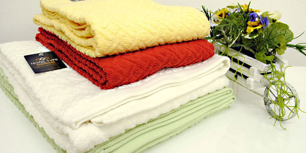 I am strong in washing and am a towel of the orthodox school full of the sense of quality superior in water absorptivity. Hotel type large size bath towel
