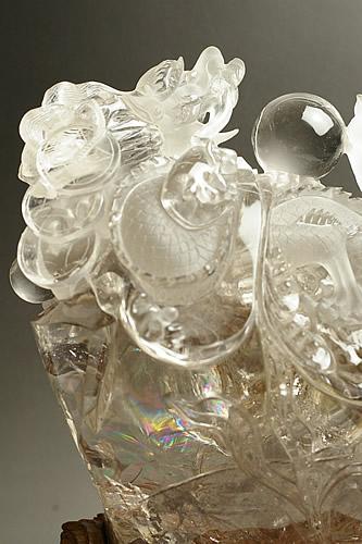 水晶雕刻龙图片