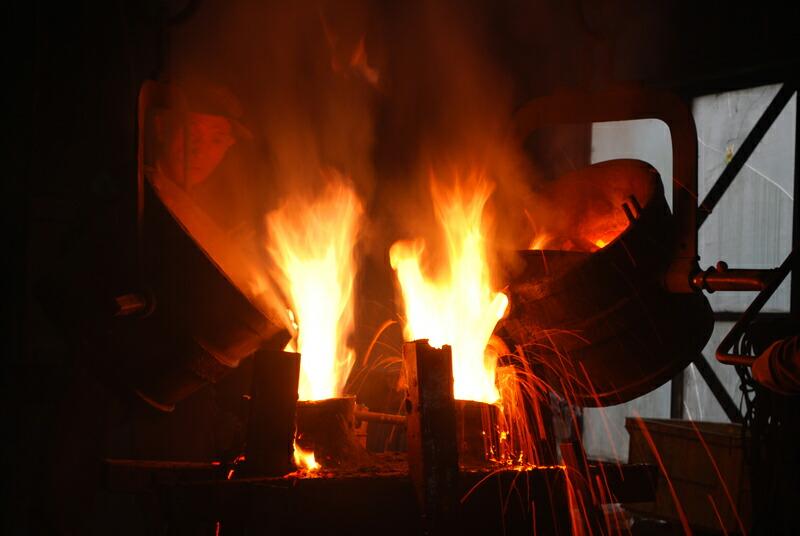 金属鋳造の工程