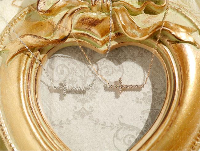 『天然ダイヤモンド 18金クロスネックレス』-2