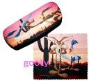 Road Runner-Wile E. Coyote glasses sunglasses case glasses wipe with case! Wile e. Coyote Road Runner