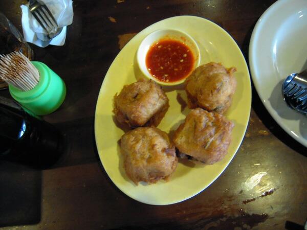 ジャカルタのお料理 タフゴレン(豆腐のてんぷら)