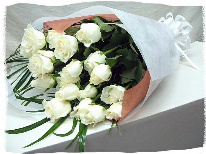 白バラの花束を誕生日プレゼント