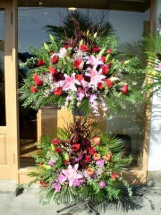 取引先企業様の移転祝い花