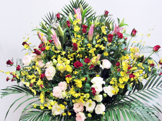 個展開催のお祝い花