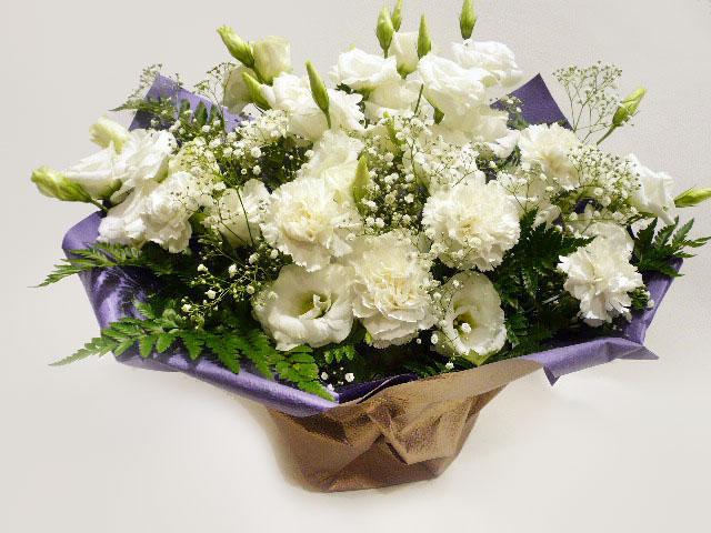 かすみ草入り 白いお花の供花