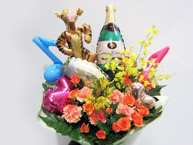 お誕生日祝い バルーンアレンジメント