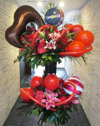 お祝いバルーンスタンド花