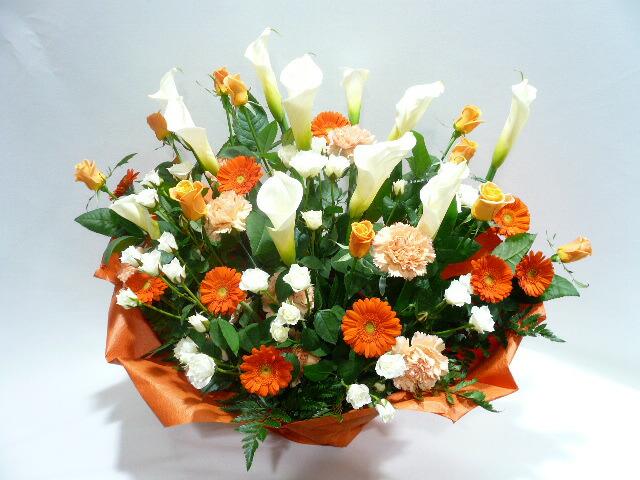 お祝いのアレンジメント花