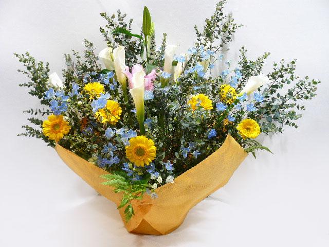 俳優・女優、出演祝い、主演祝い、舞台出演記念に贈る花