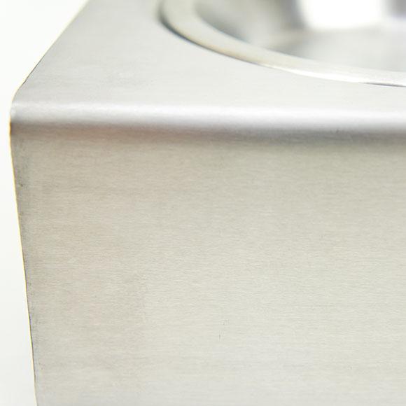 【犬】【猫】【食器台】高級感、重厚間のあるステンレス製
