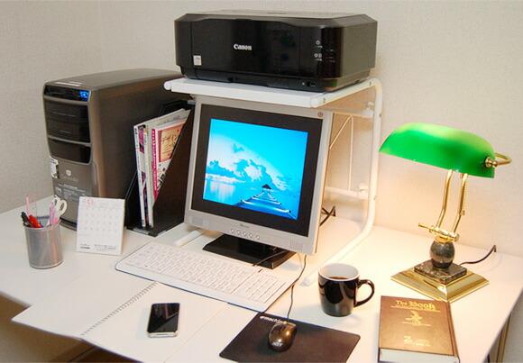 60cm幅使用イメージ デスクに置けるラック イメージ写真