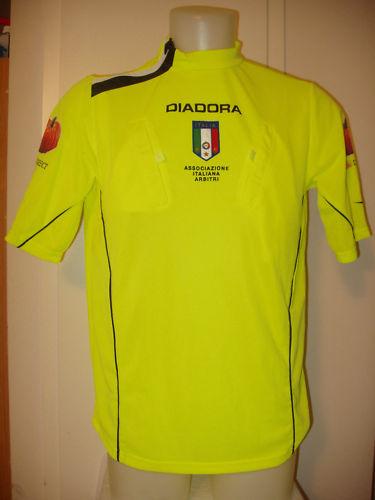 イタリアからスポーツ関連のお取り寄せ,サッカーや自転車他