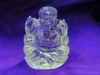 《超レアな逸品》ハンドメイド水晶ガネーシャ像、中サイズ(高さ約30ミリ)
