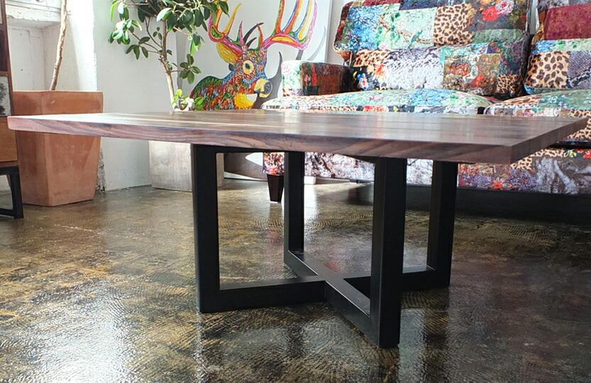 ソリッドクロスローテーブル