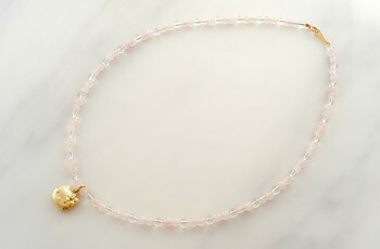 18-karat gold diamond Kitty rose quartz necklace