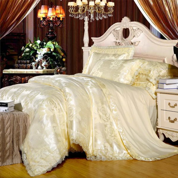 シルク調 ベッドカバー4点(シングル/3点)セット ユーロデザイン 【輸入取寄せ品】ジャガード豪華ゴールドカラー寝具セット