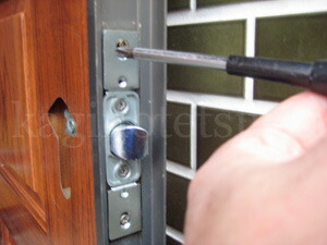KODAI玄関錠の取付方法1