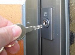 430金属製ドアの交換