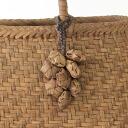在东北编织钩针花卉图案,生於上山葡萄藤悬锤 (10 鲜花) (大约) 长度
