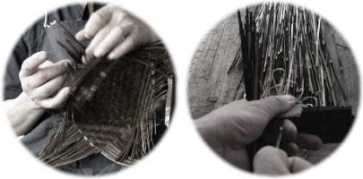 職人がひとつずつ丁寧に編み上げています