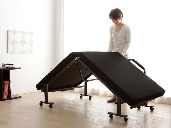 アイリスオーヤマ折りたたみベッドOTB-KRH使用イメージ3