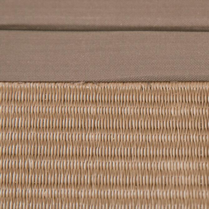 樹脂畳ユニット ハイタイプ 幅120cm ポリプロピレン繊維板は見た目はい草の畳とそんなに変わらなくとも、汚れにくく御手入れがしやすい。