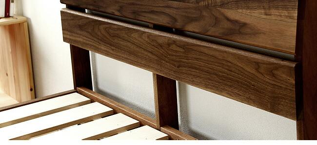 国産すのこベッド_心落ち着くウォールナットの木製すのこベッド_08