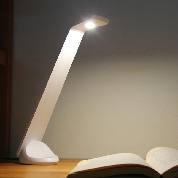 学習机・チェア・ライト 学習机・チェア・ライト