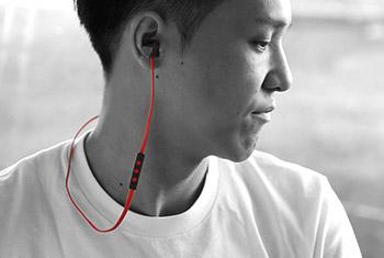 Headset使用イメージ