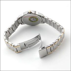 コーチ  ダイヤルとブレスにシグネチャーパターンをまとったラグジュアリーなレディス・ウオッチ 14501610
