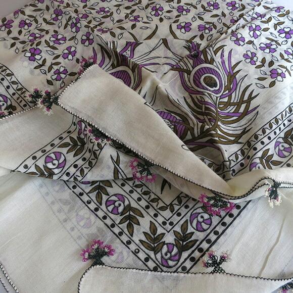 传统手工艺的土耳其 オヤスカーフ 帕欧亚白