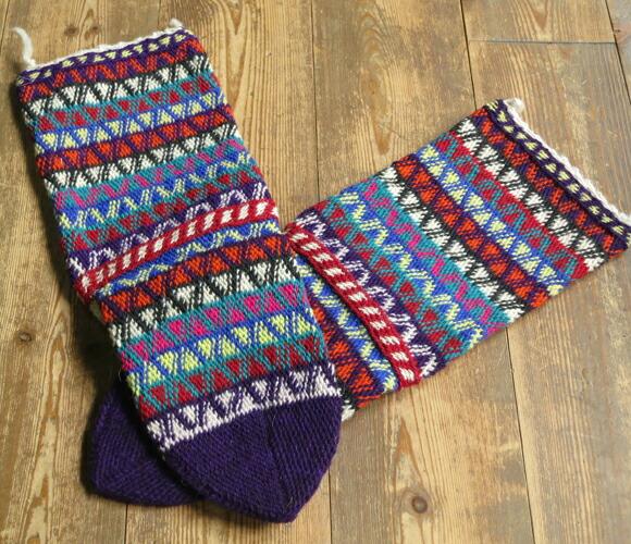 古董和土耳其的手编毛线袜子多 / 紫七彩之字形边框 / 24 厘米