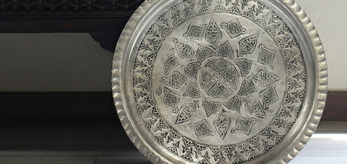 銅製の丸盆