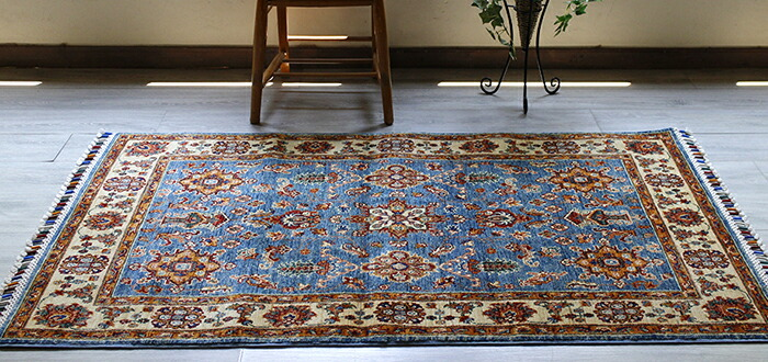 手織りカーペット