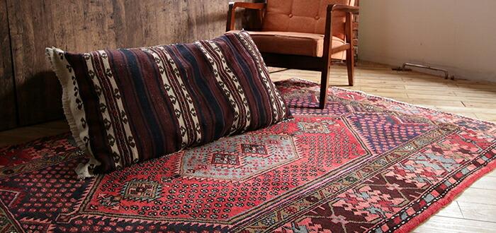 部族絨毯・トライバルラグ