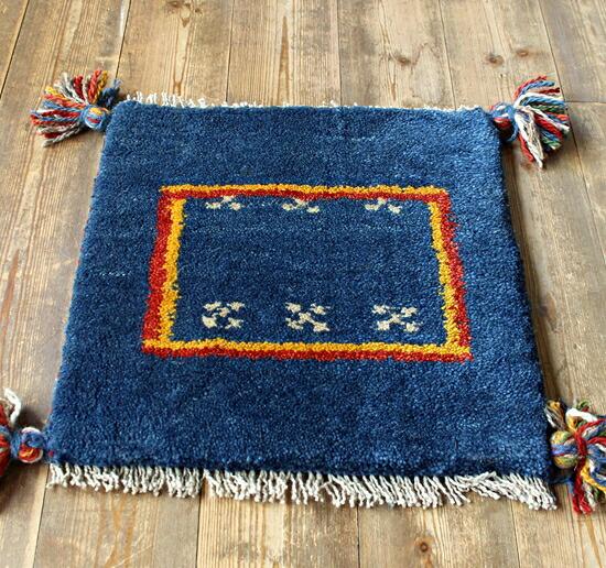 家庭手工编织地毯和垫子