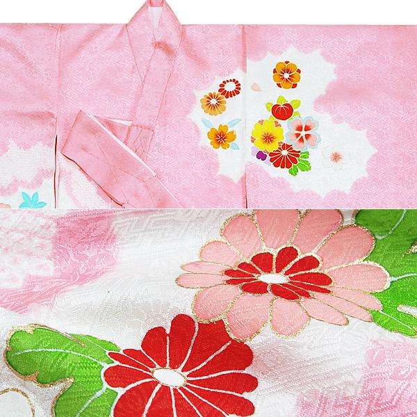 """占据,并且认输,并且神社""""刺球和梅树,花的丸文七五三儿童节日对粉红色"""