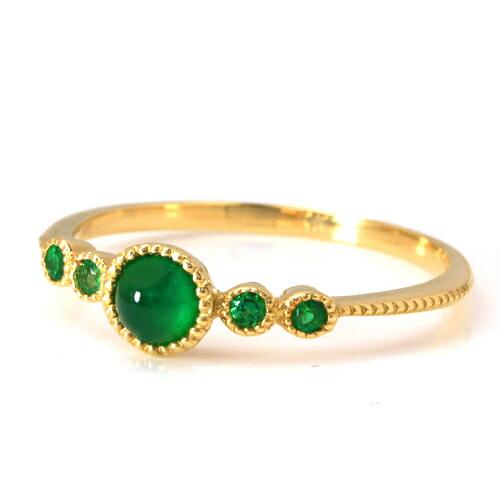 エメラルドの指輪