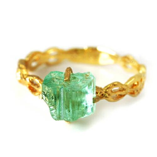 グリーントルマリンの指輪