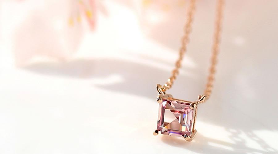 桜色シャンパンガーネットのK18ネックレス