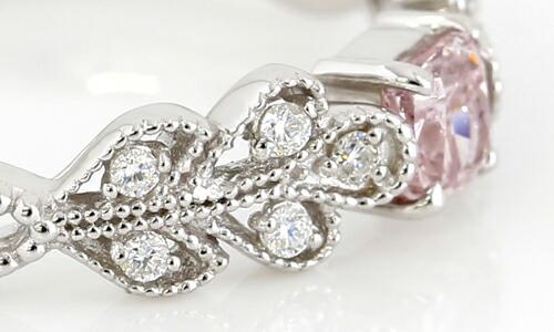 アーガイル産天然ピンクダイヤモンドのプラチナリングのデザイン説明