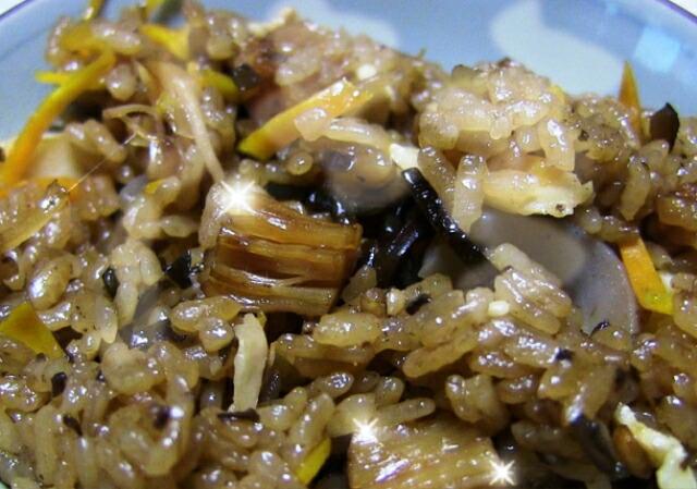 尾道の昆布問屋 ほたて干し貝柱炊き込みご飯