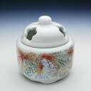 Arita ware making color crest of chrysanthemums with irregular petals 9003fs3gm