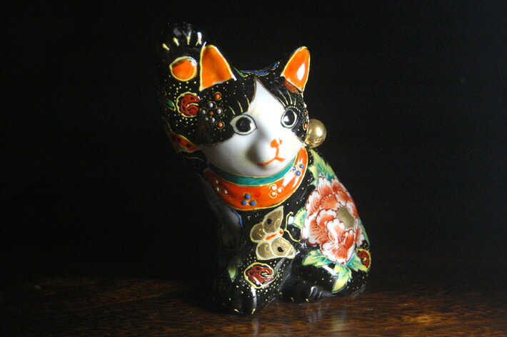 招财(yokozuwari) 黑色 nageire 和蝴蝶 (右手)