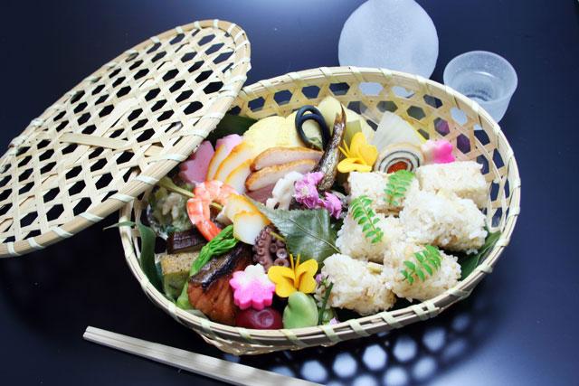 京の季節をお弁当にしてお届けします