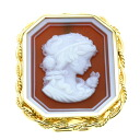 Cameo Brooch 18K Yellow Gold  Sixteen