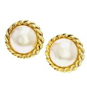 Authentic CHANEL  Pearl motif Earring Metal