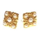 Authentic CHANEL  Pearl diamond-shaped motif Earring Metal